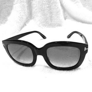Tom Ford Classic Black Sunglasses